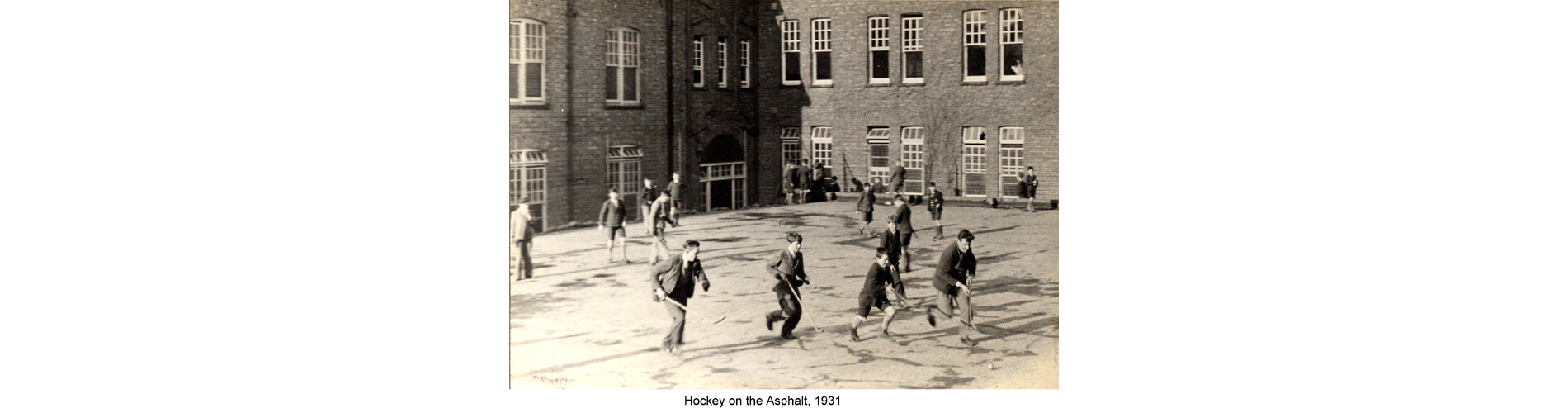 Hockey on the Asphalt, 1931